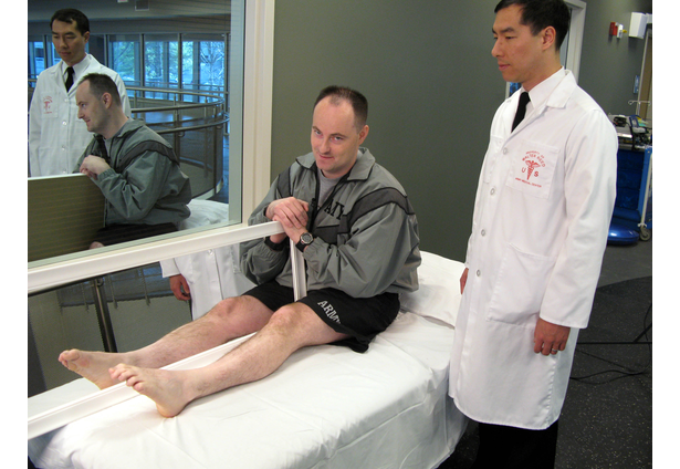 mirror therapy for phantom limb pain treatment in military