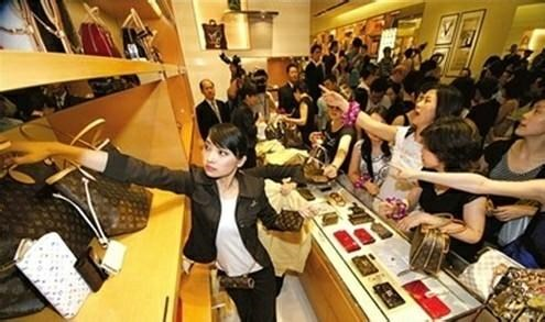 Chinese luxury spending to double