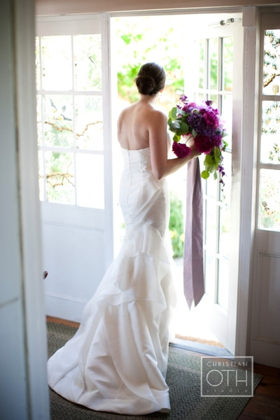 bride in doorway - Christian Oth of Christian Oth Studio