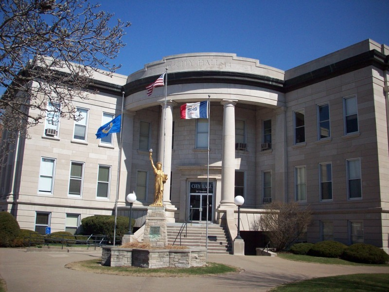 Muscatine City Hall Closeup