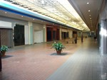 Muscatine_mall_empty_space_thumb