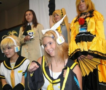 Cosplay as Vocaloid