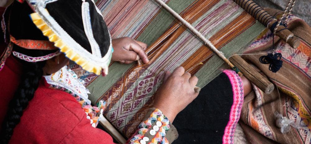 Making peruvian inca textiles