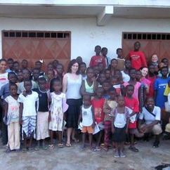 Alternative Break Students in Ghana, Cape Coast After School Program