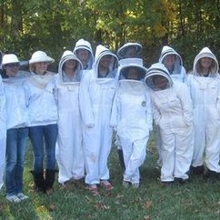 New Century College Establishes Honey Bee Field Station