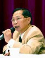 Hung M Nguyen