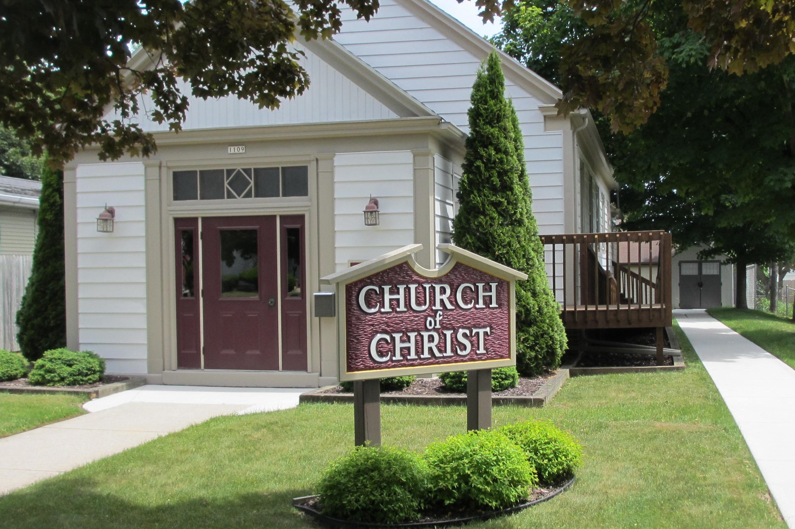 Manitowoc Church Of Christ The Manitowoc Church Of Christ From