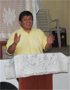 Gustavo Requejo.Teaching in Villa Maria.jpg
