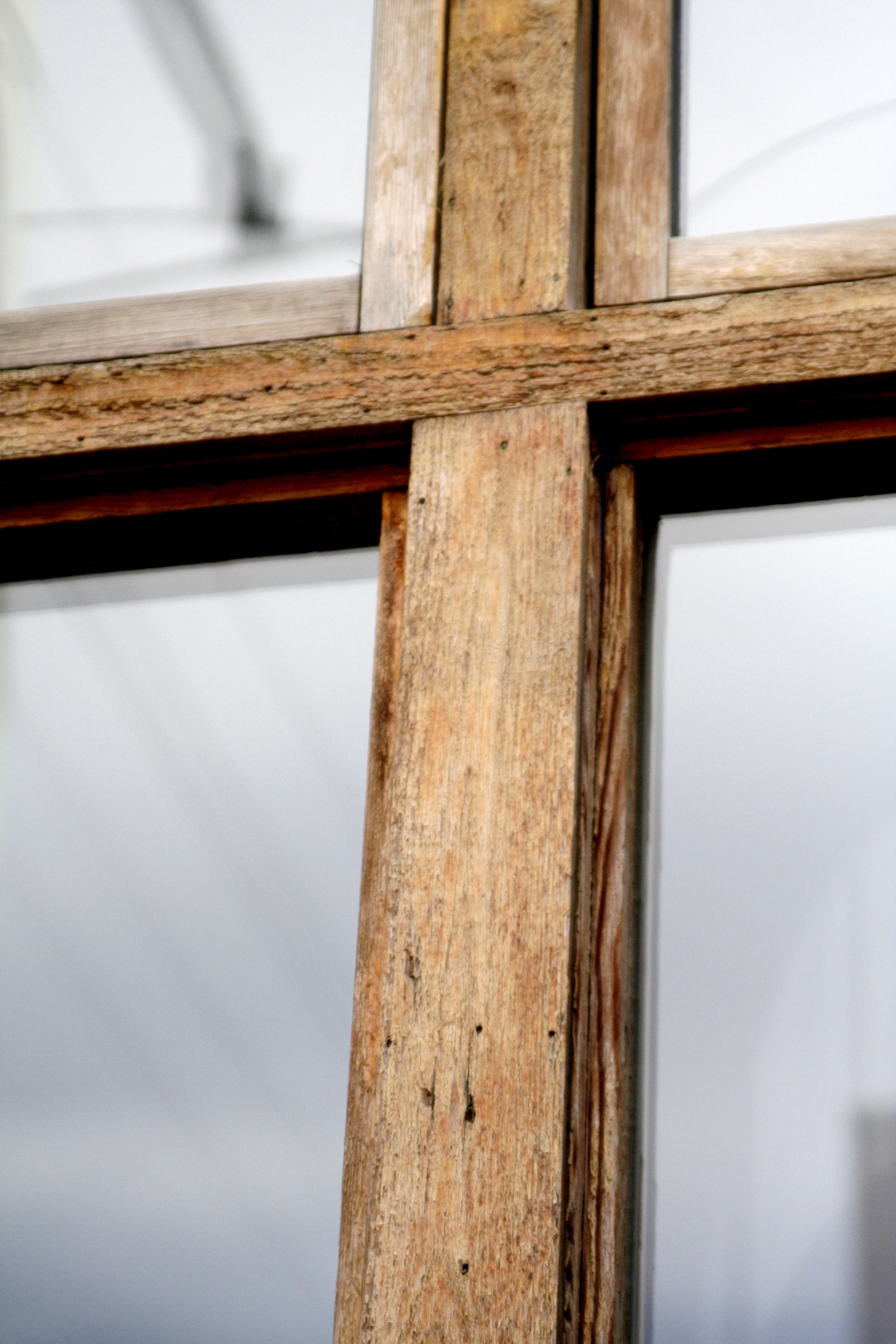 8464_Window_Pane_Cross