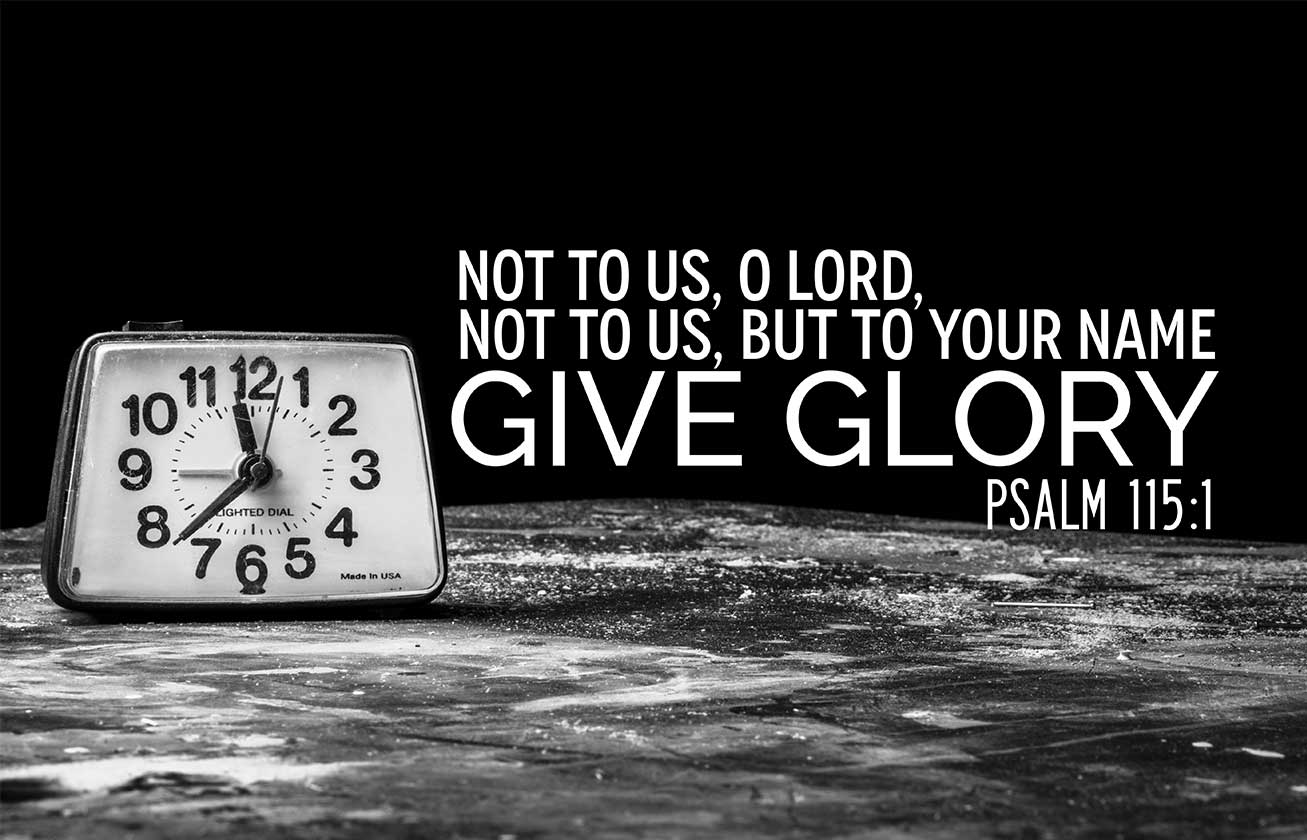 Giving-God-Glory-for-His-Faithfulness