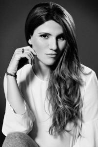 """""""In Griechenland gibt es jetzt weniger Printmedien, aber zu viele Blogs"""" - Blogger-Interview mit Mania Bousmpoura von Beauty Co. Co"""