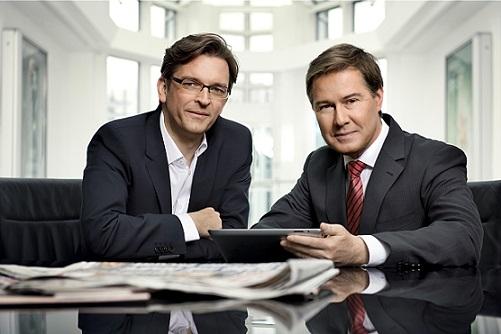 """Ulrich Meyer übergibt das SAT.1-Magazin """"akte"""" an Claus Strunz"""
