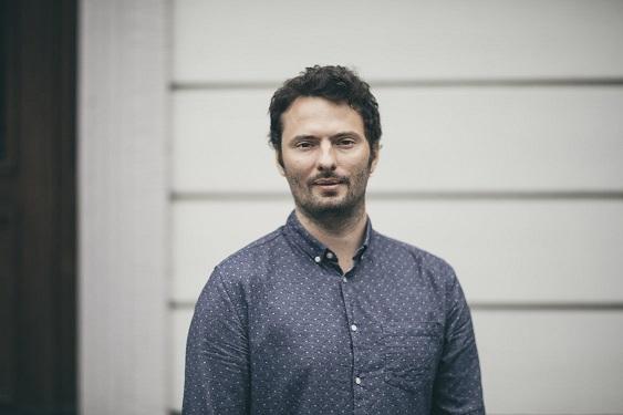 Falco Meyer ist Redaktionsleiter für ZUG Kultur