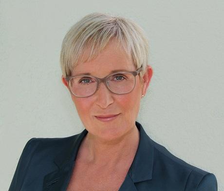 """""""Guter PR-Input ist Gold wert"""" - Anita Würmser über soziale Medien, journalistische Beziehungen und Awards in der Logistikbranche"""