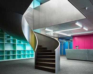 Umzug von Ringier Axel Springer Schweiz in neues Medienzentrum