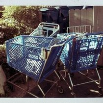 Mobile Post: Lost? Three Ross carts. On East Arrellaga. :)