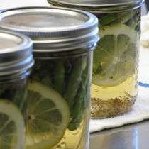 Preserving the Harvest #2: Pickles and Everything Nice Instructor: Cindy Shipp