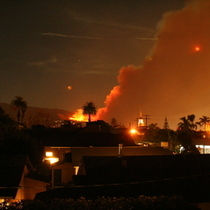 Santa Barbara Tea Fire: Picture from earlier in the night