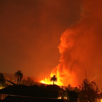 20,000 without power in Santa Barbara and Montecito... up to 60 homes/estates burned.