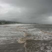 Santa Barbara Storm Photos (or 'snow, waves, dirt')