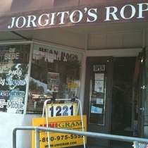 Jorgito's Ropa: Is This English Or Spanish?
