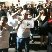 Fiesta: Awesome Impromptu Group Dancing on De La Guerra (video)