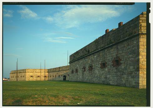 Fort adams  newport neck  newport  newport county  ri