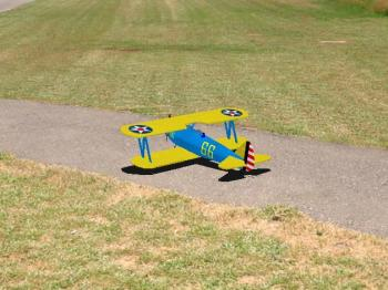 http://s3.amazonaws.com/clearviewSE/mdlP/Stearman_Floats.jpg