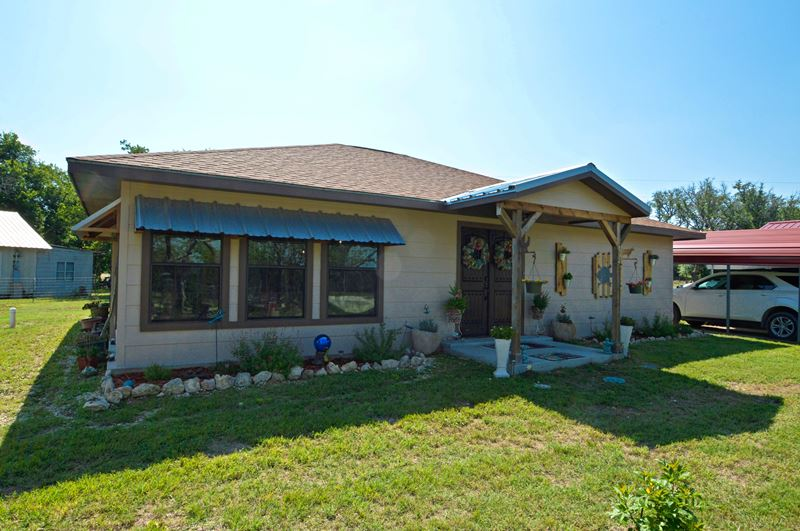 Home for sale: 17346 U.S. 183, Lometa, TX