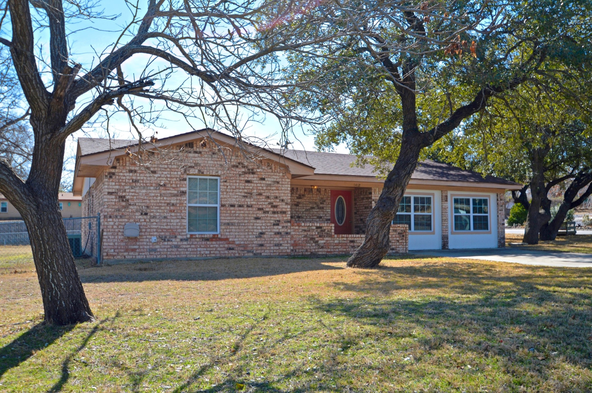 Home for sale: 1412 West Ave C, Lampasas, Tx