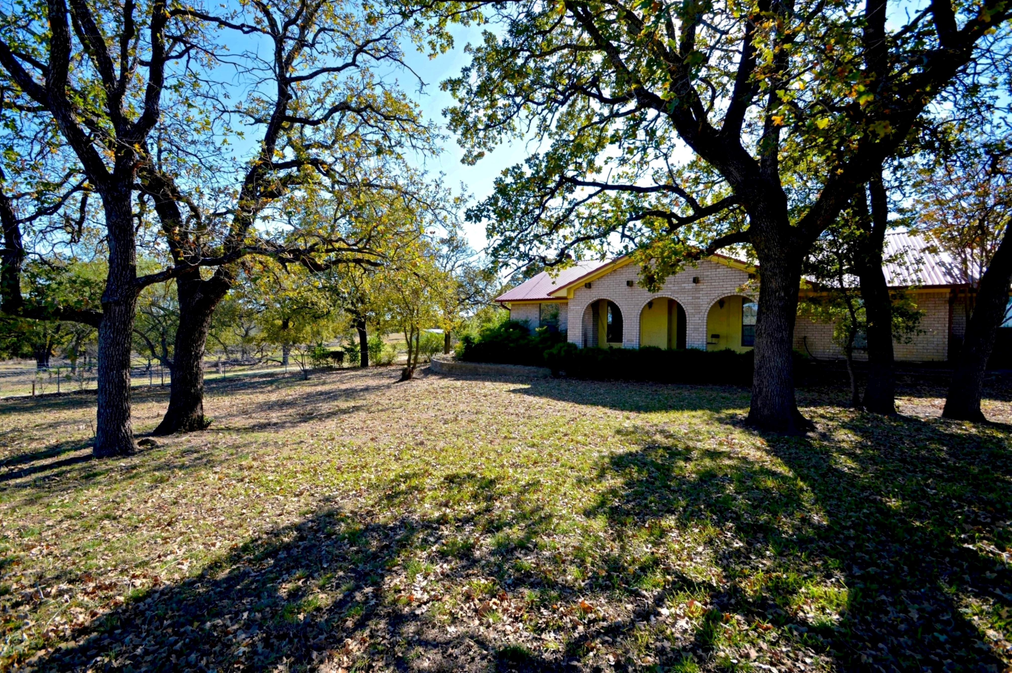 Home for sale: 1046 County Road 111, Lampasas, Tx
