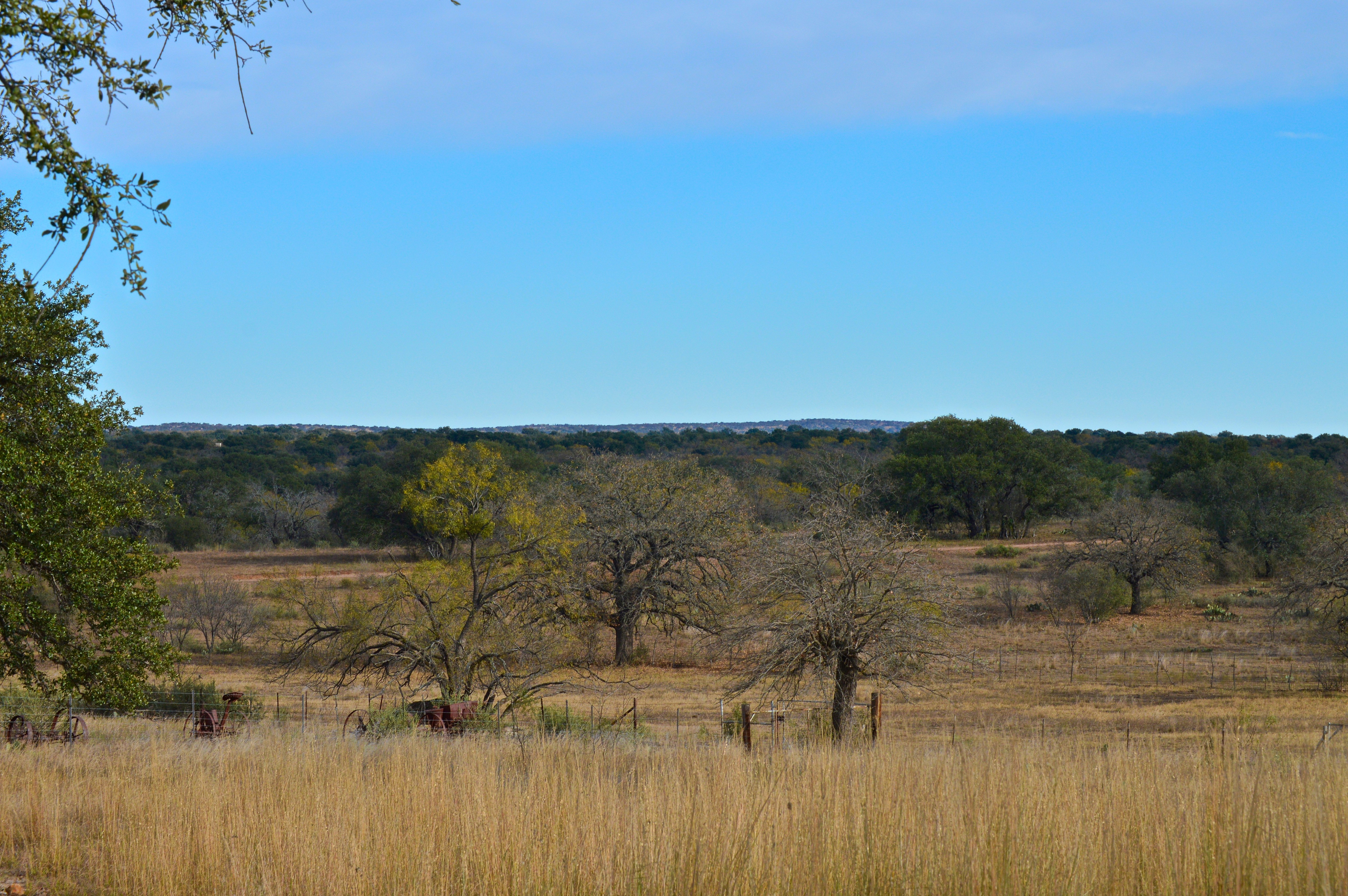 Home for sale: 5205 County Road 106, Llano, Tx