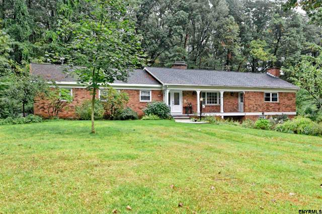 Home for sale: 8 LEDA LA, Guilderland, NY