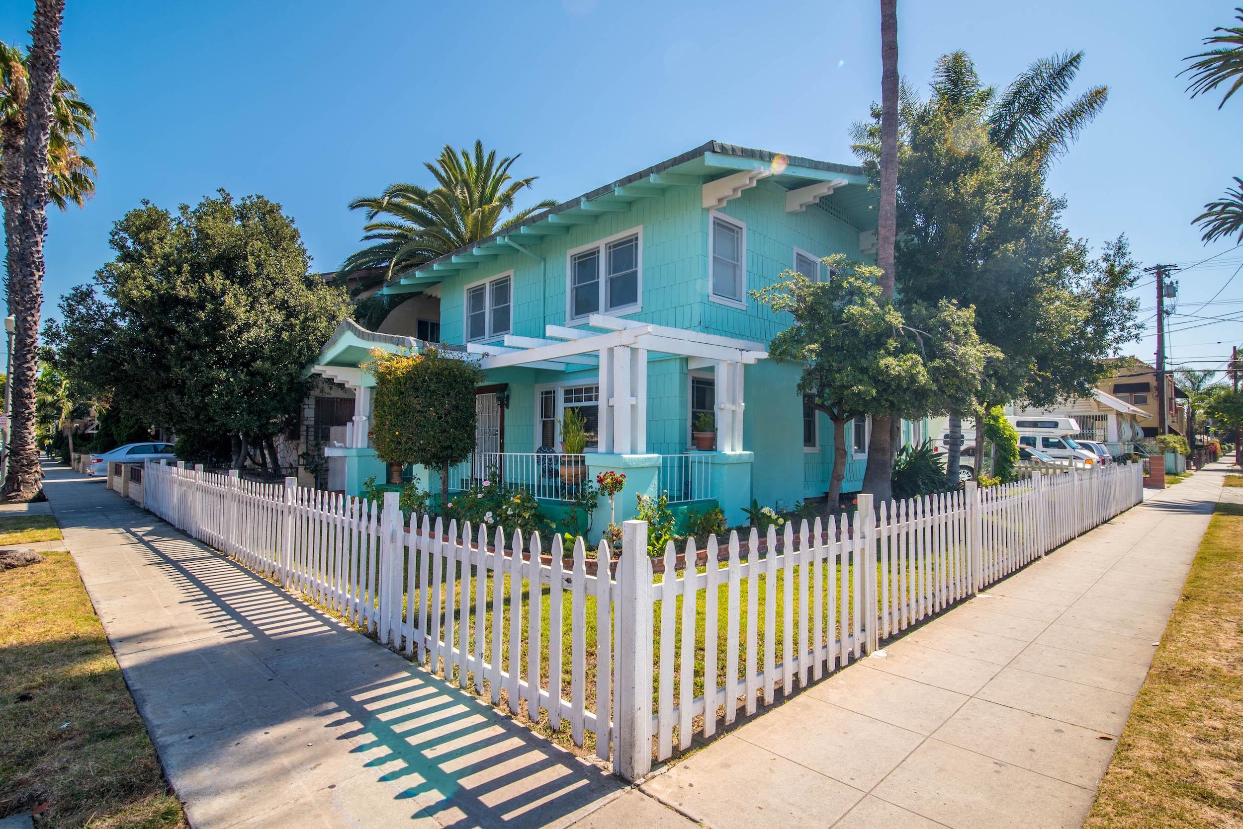 Home for sale: 902 Cedar Ave., Long Beach, CA