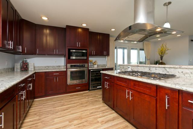Home for sale: 99-662 Kahilinai Place, Aiea, HI