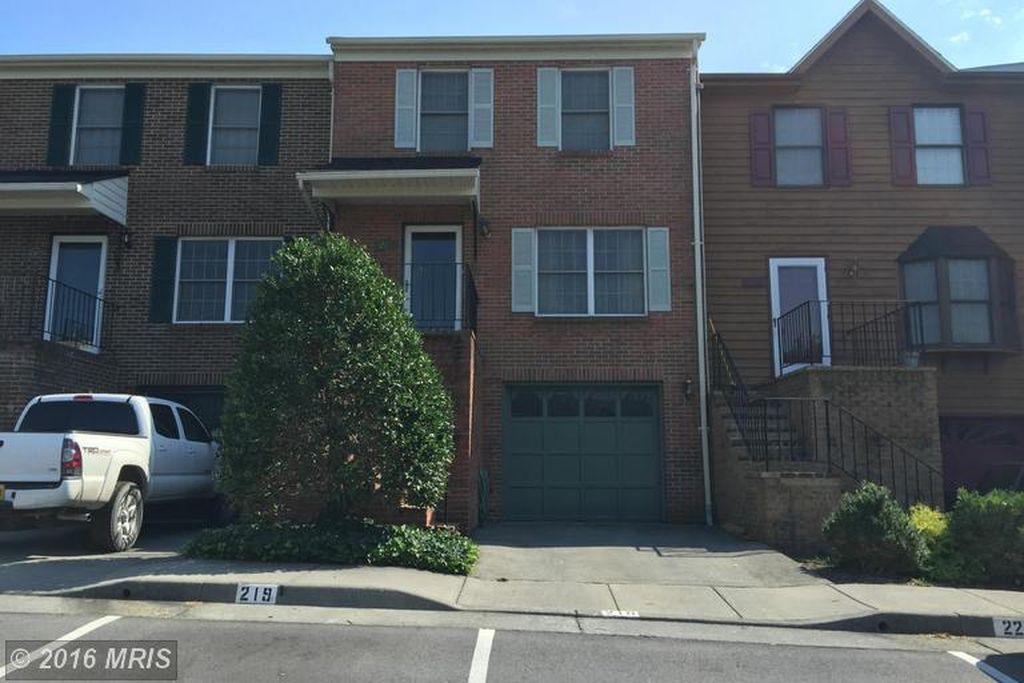Home for sale: 219 Tudor Dr, Winchester, VA