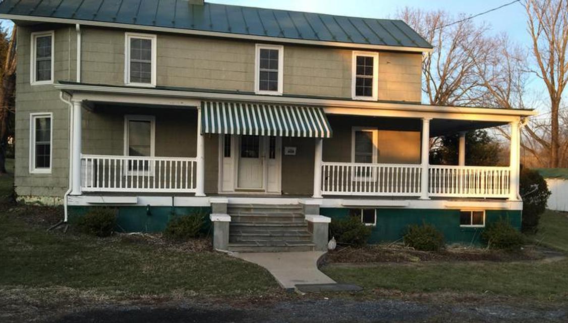 Home for sale: 628 Branch St, Strasburg, VA