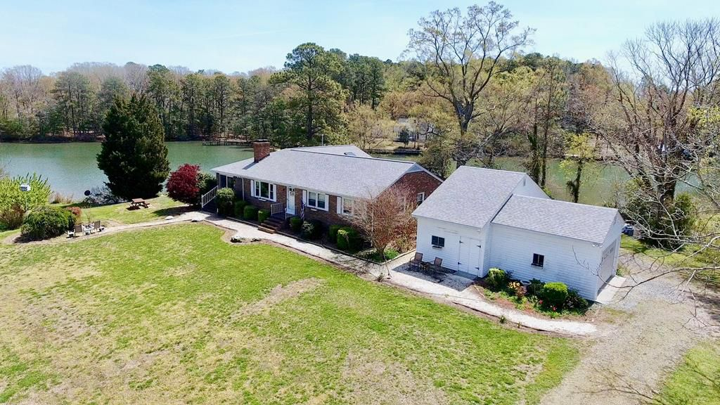 Home for sale: 210 Crabhouse Drive, Reedville, VA