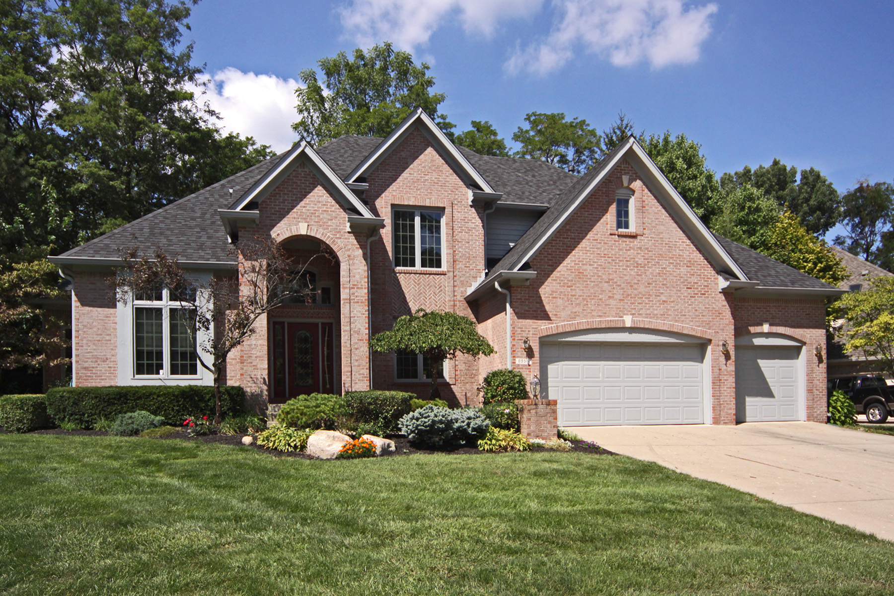 Sold! Fantastic Geist home!