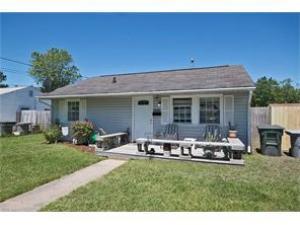Home for sale: 1919 Somerville Drive Hampton VA