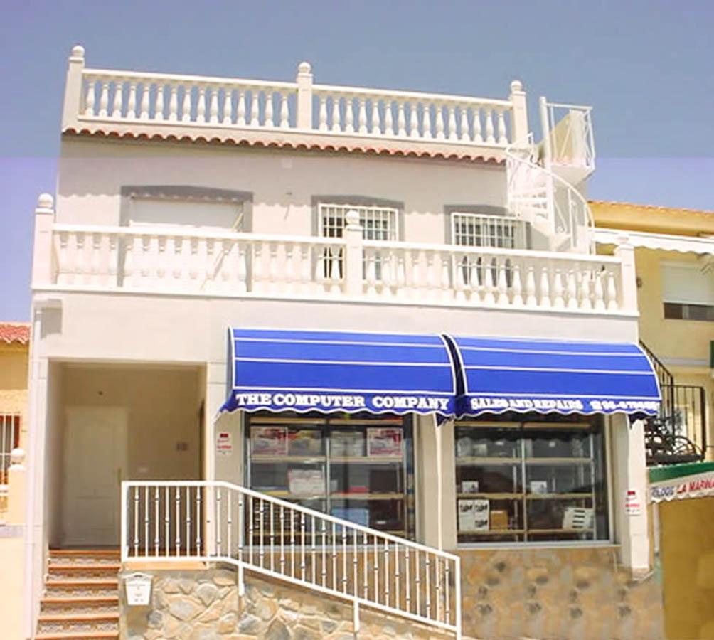 SAPP-SR1052Comm-RM: Commercial in La Marina
