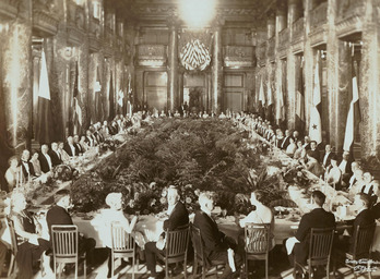 Black-tie dinner in the Music Hall foyer from 1928.