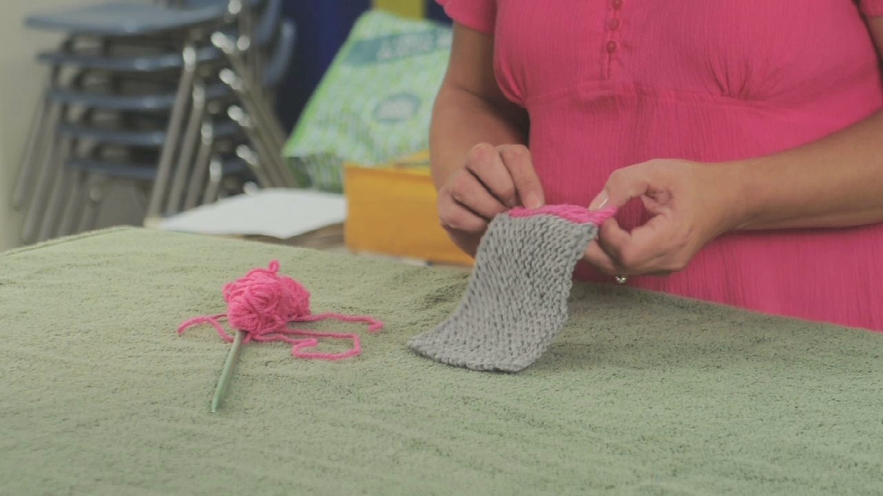 Knitting Picking Up Stitches For Border : Video: Knitting Borders eHow
