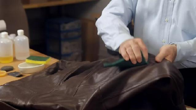 Video How Do I Age A Leather Jacket Ehow