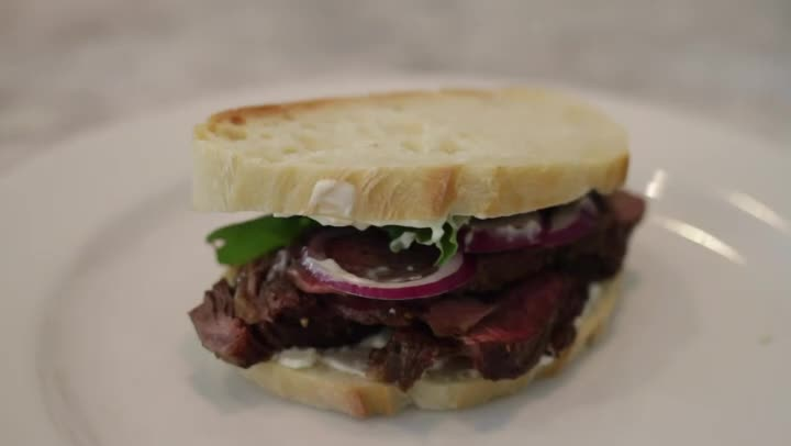 how to make the perfect steak sandwich