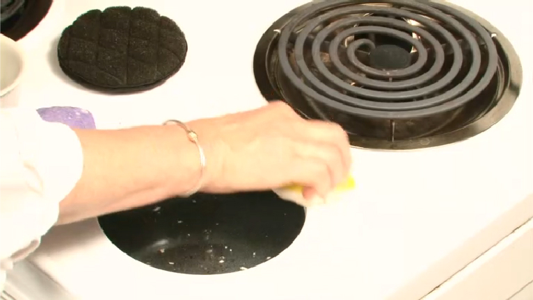 Video How To Clean Baked On Stains Off An Enamel Stove