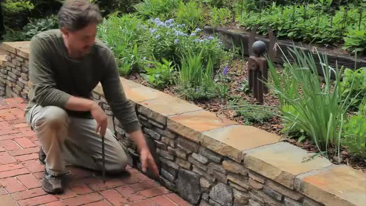 video building a small landscape retaining wall ehow