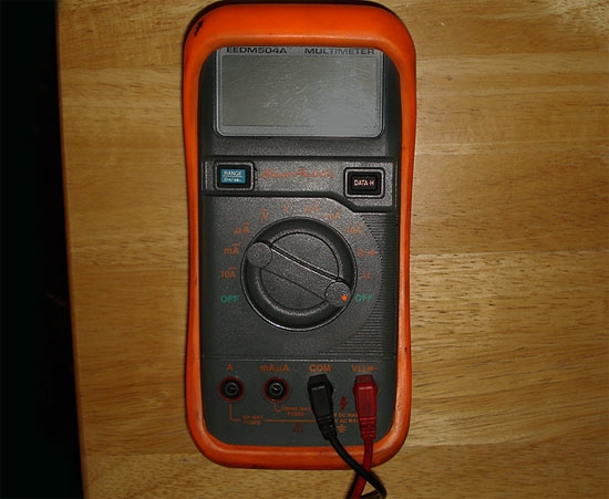 Using An Ohmmeter : How to use an ohmmeter it still works