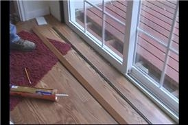 Video: Replacing Sliding Glass Doors: Installing Threshold Molding | EHow