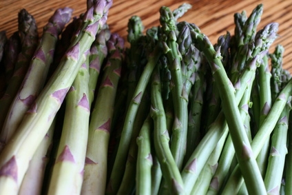 How does asparagus make urine smell sciencing for Urine smells like fish after eating fish